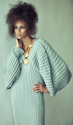 Steven OO Knitwear Architecture, not everyone can pull this off, lovely Knitwear Fashion, Knit Fashion, Fashion Outfits, Fashion Moda, Womens Fashion, Moda Crochet, Look Chic, Chic Chic, Mode Inspiration