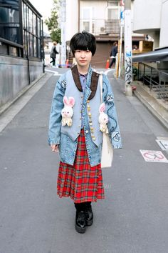 Nobuko caught our eye in Harajuku with her plush bunnies vest. She's wearing it over a vintage acid wash jacket with a plaid skirt and YRU platform shoes. Japanese Street Fashion, Tokyo Fashion, Harajuku Fashion, Kawaii Fashion, Cute Fashion, Fashion Photo, Fashion Outfits, Fashion Trends, Harajuku Style
