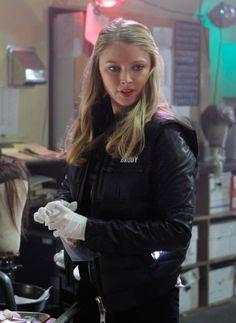 Still of Elisabeth Harnois in CSI: Crime Scene Investigation (2000)