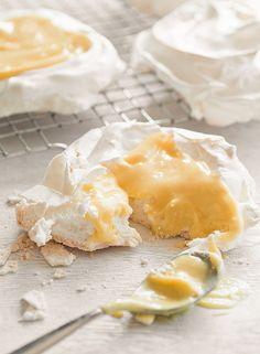 Pavlova with Meyer Lemon Curd