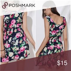 BLACK SUMMER FLORAL DRESS Product Details Style:	Brief Material:	Polyester Fabric Type:	Chiffon Silhouette:	A-Line Dresses Length:	Mini Neckline:	Scoop Neck Sleeve Length:	Sleeveless Pattern Type:	Floral With Belt:	No Season:	Summer Weight:	0.126kg Package Contents:	1 x Dress Dresses Mini
