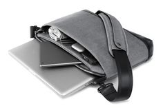 Cobra slim by booq - Premium laptop bag featuring leather accents, ridiculously smart organization and sustainable Bionic fabric exterior (http://www.bionicyarn.com/hlx/).