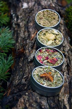 By popular request, you can now try a special selection of Pipe Tea herbal smoking blends! Enjoy four of my favorite handcrafted organic blends each packaged in convenient pocket tins and a large cotton travel bag. This is the perfect way to try a variety of herbal smokes and have them on hand when the inspiration strikes! These smoking mixtures can be smoked in a pipe, rolled in paper, or used in a vaporizer. Smoking Blend Sampler Set:CLOVE SPICEA perfe...