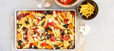 Roast vegetable pasta bake is a nutritious meal packed full of vegetables, high in fibre, protein and calcium. A tasty recipe the whole family can enjoy. Vegetable Pasta Bake, Roasted Vegetable Pasta, Roasted Vegetables, Veggies, Quick Vegan Meals, Vegetarian Dinners, Vegetarian Recipes, Easy Meals, Veg Recipes