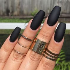 We have compiled a picture gallery of our favorite ideas for matte nail polish that we know you'll love! Matte nails are totally trendy and stunning!