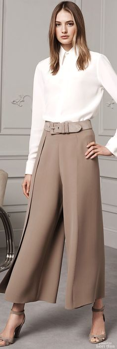 Ralph Lauren Pre-Fall 2016 Zippertravel.com http://www.viralgranny.com/alexa-chung-and-sofia-vergara-dont-play-by-the-red-carpet-rules/