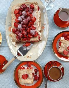 MAHTAVA! Der Finnische Food & Design Blog I Mansikka-Raparperi-Brita  I…