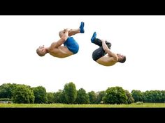 How to do a back flip Calisthenics Body, Online Personal Training, Why I Run, Muscle Up, Fit Couples, Runners High, Day Camp, Street Workout, Mind Body Spirit