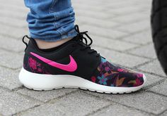 Nike Roshe Une Feuille Rose Noire Voilier