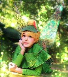 """SIZE :   ADULT IS ABOUT  70CM X 65CM Tinkerbell Fairy Sparkling Secret of the Wings for Adults Costume Wings  Amazing, sparkling Tinkerbell wings. Perfect for Photography prop, Halloween or a birthday gift.  Made to be EXACTLY patterned after """"The Secret of the Wings"""" Disney's latest Tinkerb..."""
