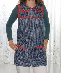 Resultado de imagen para guardapolvos Tunic Blouse, Color Combos, Smocking, Apron, Rompers, Sewing, Pattern, Dresses, Fashion