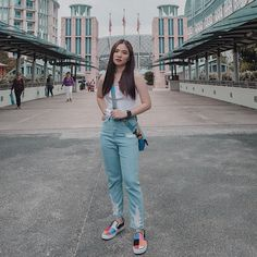 """Sharlene San Pedro on Instagram: """"hi."""" Jean Outfits, Casual Outfits, How To Pose, Style Me, Mom Jeans, Normcore, Poses, Celebrities, San"""