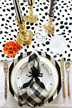 Dimples and Tangles: HALLOWEEN MIX AND MATCH TABLESCAPE