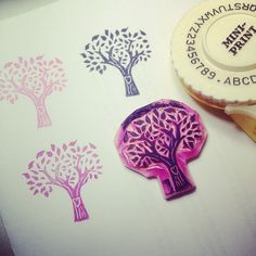 Heart in a tree rubberstamp by Natàlia Trias. Trying positive  negative stamping