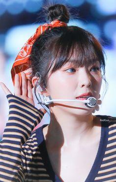 dedicated to female kpop idols. Irene Red Velvet, Red Valvet, Pops Concert, Peek A Boo, Fan Picture, Daegu, Seulgi, Swagg, Korean Singer