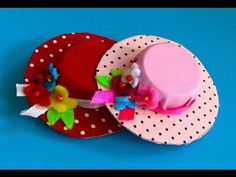 Sandra Machado shared a video Diy And Crafts, Crafts For Kids, Paper Crafts, Barbie Und Ken, Plastic Bottle Caps, Diy Hat, Christmas Makes, Diy Hair Accessories, How To Make Bows