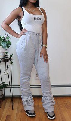 Grey Fashion, Fashion Pants, Fashion Outfits, Trousers Women, Pants For Women, Joggers, Sweatpants, Slim Pants, Grey Pants