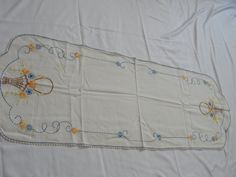 """Vintage Embroidered Kitchen Table Runner 41"""" by 14"""" by TrinitysWorld on Etsy"""