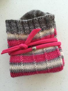 Ravelry: KristiPete's Pin Striped Socks Knitting Socks, Hand Knitting, Knit Socks, Knitting Patterns, Crochet Patterns, Knitting Ideas, Fingerless Mittens, Crazy Socks, Striped Socks