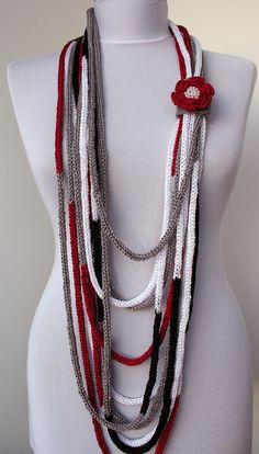 Knit Scarflette Necklace loop scarf infinity scarf di DreamList