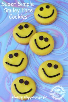 Make Your Day Better With These Delicious Smiley Face Cookies! Cute Cookies, Brownie Cookies, Brownie Bar, Cookie Bars, Smiley Face Cookie Recipe, Yummy Treats, Sweet Treats, Yummy Food, Cookies