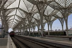 Gare do Oriente Lisbon Image Bobo Boom via Flickr Amazing Architecture – 9 Stunning Buildings Around The World. http://www.justaplatform.com/amazing-architecture/