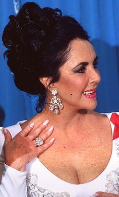 1000 Images About Elizabeth Taylor Big Diamonds On