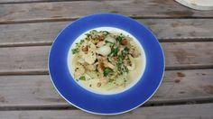 Dinner for one: Huhn & Kohlrabi  Credit: Heidi Strobl