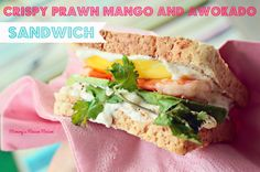 Crispy prawn, mango and avokado sandwich
