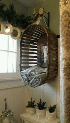 DIY: basket into towel holder