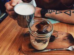Göngōng Kouples | Gongong Kouples (@gongongkouples) Fika Fika Cafe #icecube #aulait #coffee