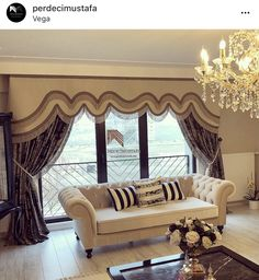 Curtains For Arched Windows, Home Curtains, Curtains With Blinds, Valance, Luxury Interior Design, Interior And Exterior, Modern Window Treatments, Classic Curtains, Drapery Designs