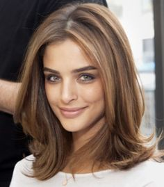 Blowout Style for Mid-length Hair