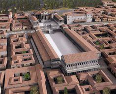 Era il centro religioso e civile di Brescia in età romana. Nella parte settentrionale della piazza, in posizione preminente, sorgeva il tempio Capitolino, con due file di portici laterali (ancora visibili negli archi che salgono dall'antico livello), mentre la Basilica (tribunale), di cui rimangono i resti inseriti nelle case della vicina piazza Labus, chiudeva il lato sud.