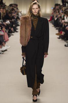 Lanvin Fall 2016 Ready-to-Wear Fashion Show