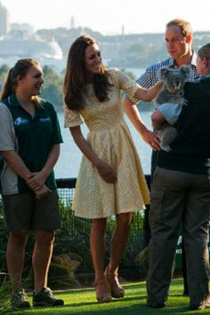 Prince William and Kate Middleton with Koala in Sydney
