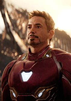 Iron man in Infinity war Memes Marvel, Marvel Heroes, Captain Marvel, Marvel Dc, Marvel News, Marvel Characters, Marvel Movies, Infinity War, News Memes