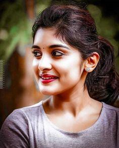 Smile Happy Of India - Girl Celebrities Beautiful Girl Indian, Most Beautiful Indian Actress, Beautiful Girl Image, Beauty Full Girl, Cute Beauty, Beauty Women, Girl Celebrities, Beautiful Celebrities, Beautiful Heroine