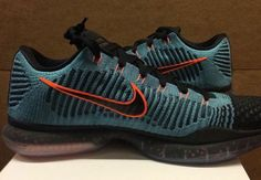 """check out 69812 8f14c NIKE KOBE 10 ELITE LOW """"ATMOIC TEAL"""" COLOR  RADIANT EMERALD METALLIC SILVER"""