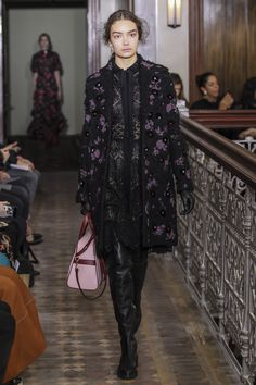 Valentino Pre-Fall 2017 Fashion Show Collection