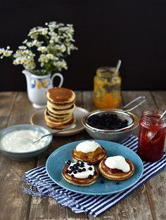 Pradobroty: Kefírové lívance Kefir, Sweet Life, Crepes, Pancakes, Sweet Treats, Baking, Breakfast, Food, Petra