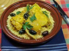 recettes d'Orient   Tajine de poulet aux citrons confits maison  Read more at http://cuisines-et-saveur.e-monsite.com/pages/recettes-du-d-orient.html#gF6ZKVoVLiVlh6xZ.99
