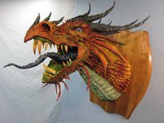 New diy paper mache dragon awesome ideas Paper Mache Projects, Paper Mache Clay, Paper Mache Sculpture, Paper Mache Crafts, Sculpture Projects, Sculpture Art, Art Projects, Plate Crafts, Dragon Head