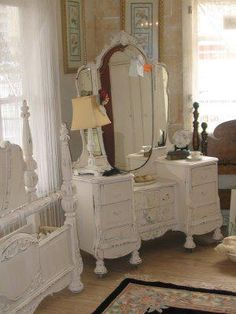 Love the Dressing Table and matching bed..