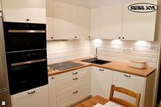 Wystrój wnętrz - Kuchnia - styl Vintage. Projekty i aranżacje najlepszych designerów. Prawdziwe inspiracje dla każdego, dla kogo liczy się dobry gust i nieprzeciętne rozwiązania w nowoczesnym projektowaniu i dekorowaniu wnętrz. Obejrzyj zdjęcia! Nova, Provence, Kitchen Cabinets, Styl Vintage, Home Decor, Kitchens, Decoration Home, Room Decor, Cabinets