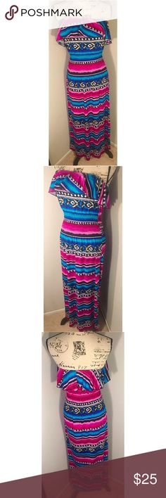 ❤️Aztec Maxi Dress | Size Small ❤️ Beautiful Aztec Tribal Print Maxi Dress. Has a Ruffle around the top portion of the dress. Excellent Condition. Worn Once. Size Small. This dress is perfect for any wardrobe.  Make this ☝🏾️treasure yours today ☺️. Don't be scared  to make an offer, you never know unless you try. Bundle multiple items for the best savings. Pay one low price  shipping 🎁! Thanks for  into my closet  😘 Feathers Dresses Maxi