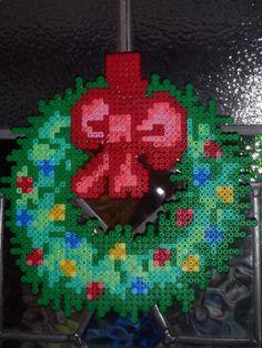 Christmas perler bead Wreath by rebornflame on deviantart