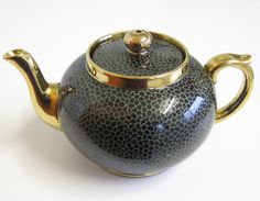Vintage Gibson Ceramic Teapot 1.5 Pint Capacity by TheWhistlingMan