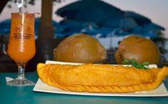 Empanadillas de 12 pulgadas en Guayanilla