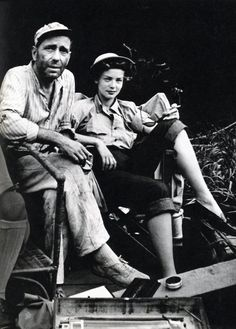 Hooray For Hollywood, Golden Age Of Hollywood, Vintage Hollywood, Hollywood Stars, Classic Hollywood, Humphrey Bogart, Lauren Bacall, Old Movies, Great Movies